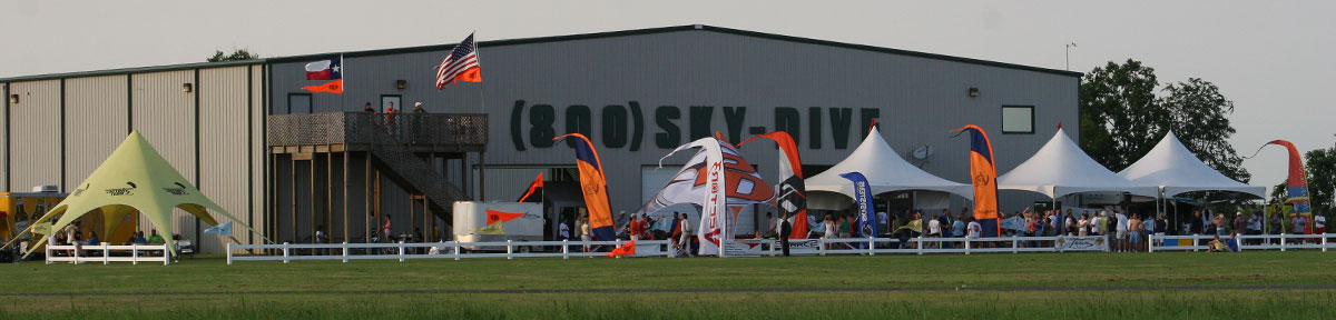 Skydive Spaceland Houston Facilities